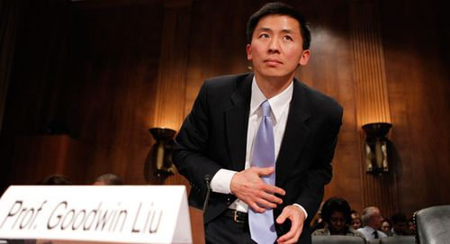 Goodwin Liu prepares to testify in the U.S. Senate (AP photo)