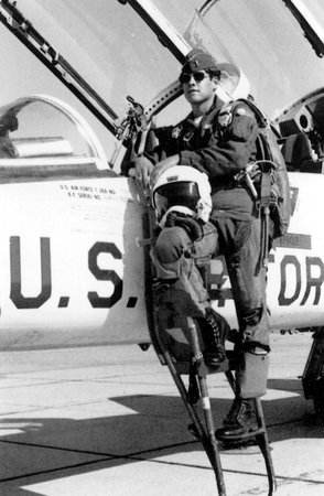 Rick Perry beside his Northrup T-38 Talon supersonic jet trainer