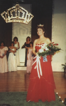 'Miss Wasilla 1984' then became first runner-up in the Miss Alaska competition.